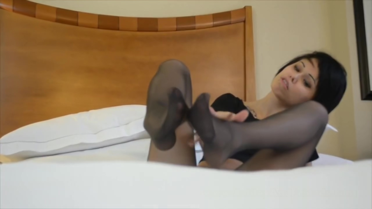 Footjob - Jerk of encouragement Hot naked girls having hardcore anal