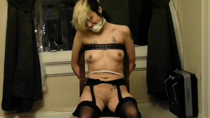 Cute punkette chairtied Office mature fuck