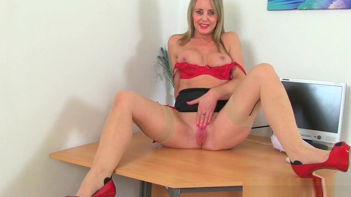 It is more fun at the office with Lelani and Sofia Rae