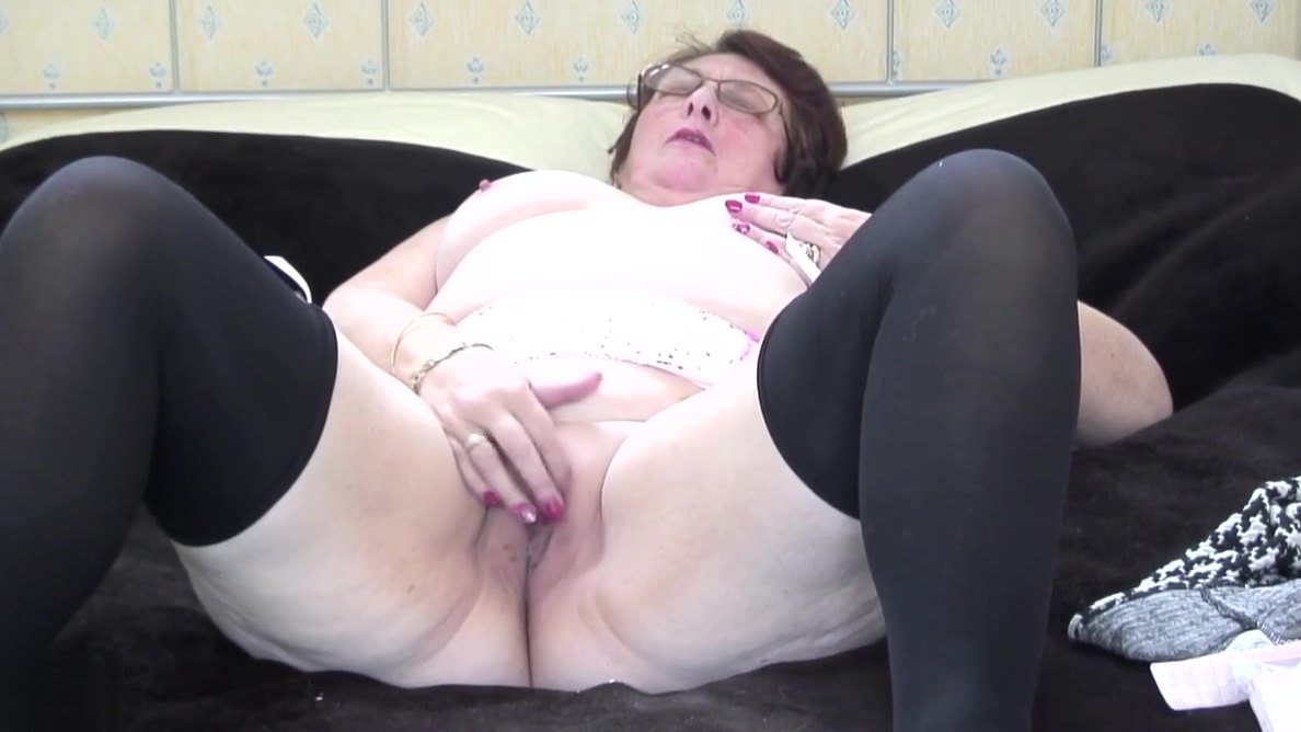 Classy British granny needs a good fuck my live in japan