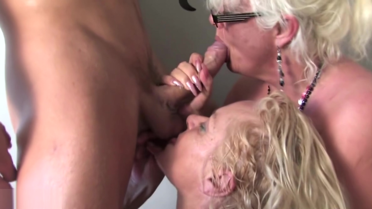 Grannies and moms fuck boy on kitchen Small boobs huge tits