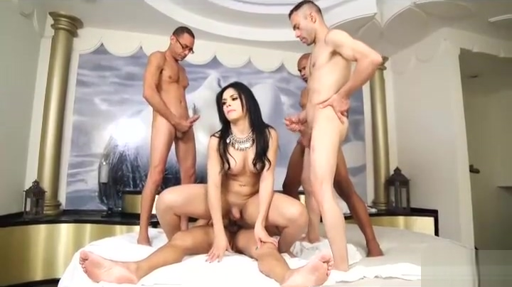 4 big cocks destroy all holes of gorgeous Bruna shemale fuck male movies