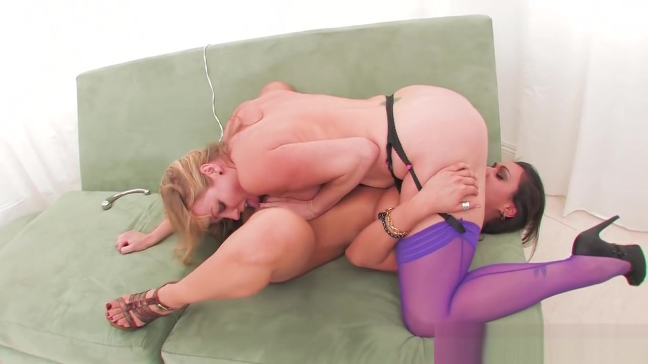 Sexy babes Charley Chase & Adrianna Nicole play with each other Goddess tease