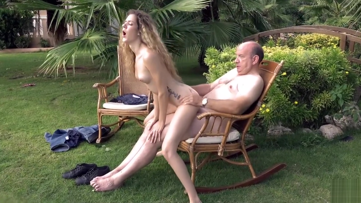Fat rich grandpa drills his nymph babe in his luxurian garde Success rates match.com and eharmony