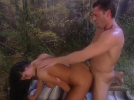 Cute slut gets fucked in the bushes