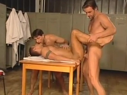 muscled gay studs enjoying in the locker room Pornstar tryouts torrents