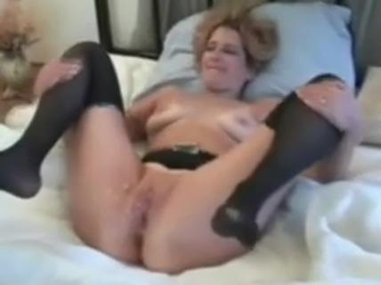 Cuckboy Clean Up. 1 pussy hole