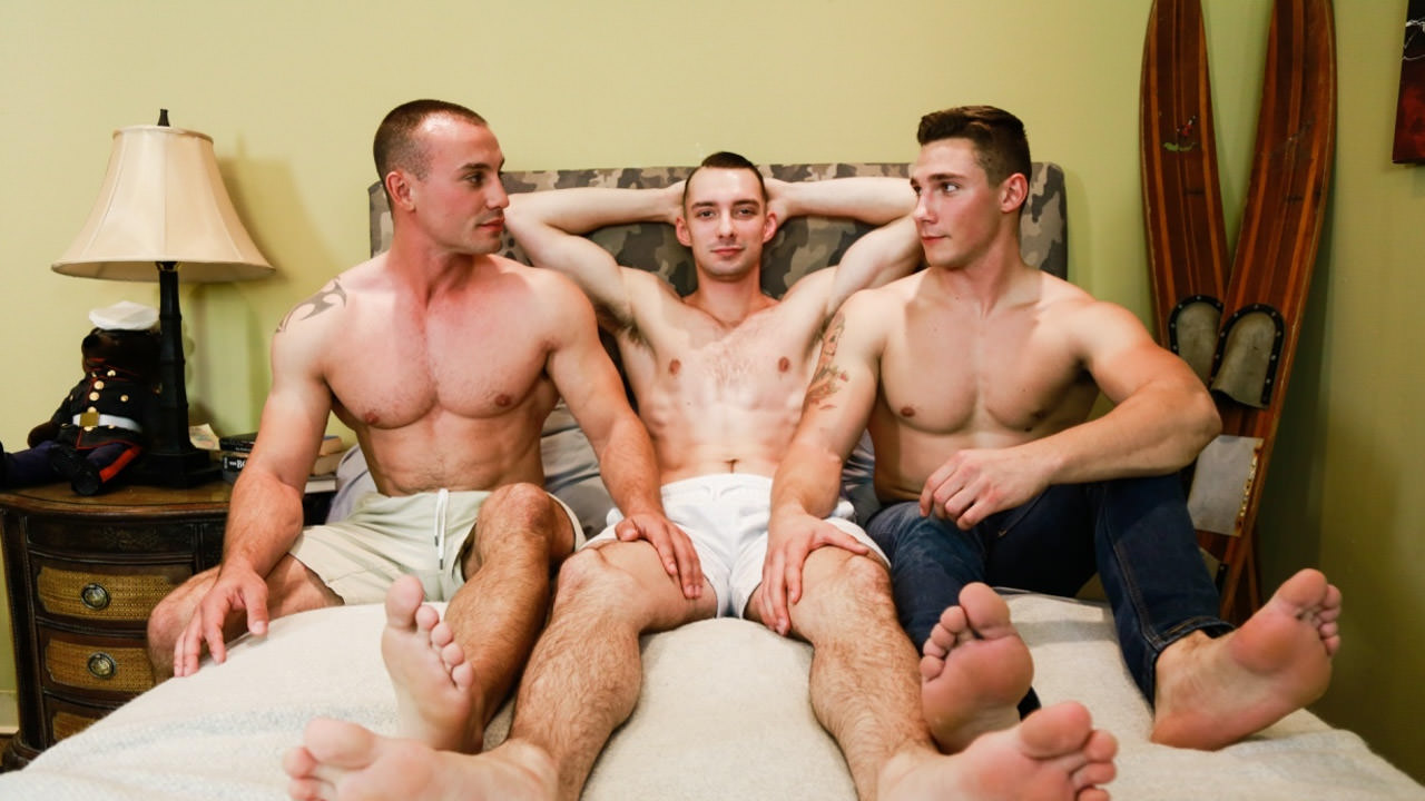 Marc Montana, Spencer Laval & Johnny B - ActiveDuty How to sex a pineapple conure