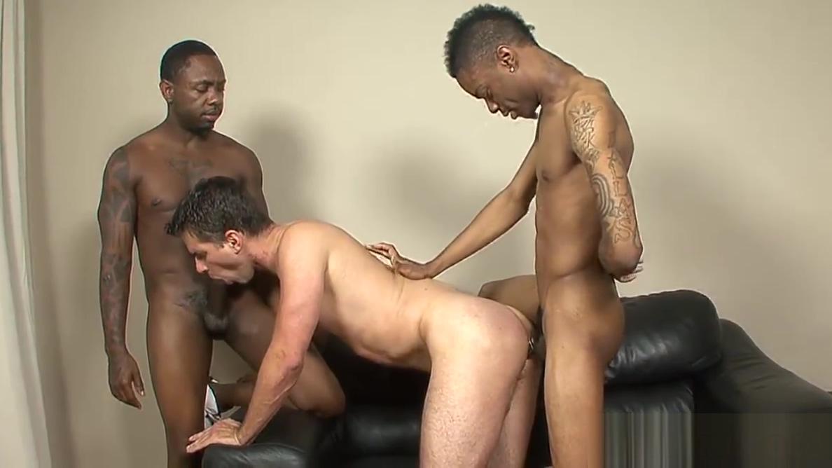 Diablo Gets To Take Two Big Black Cocks Women amateur nude