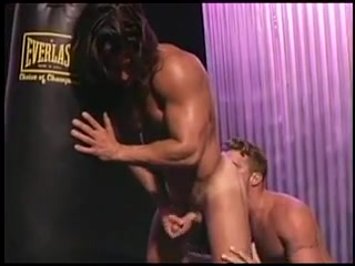 AlMa Naked colombian men