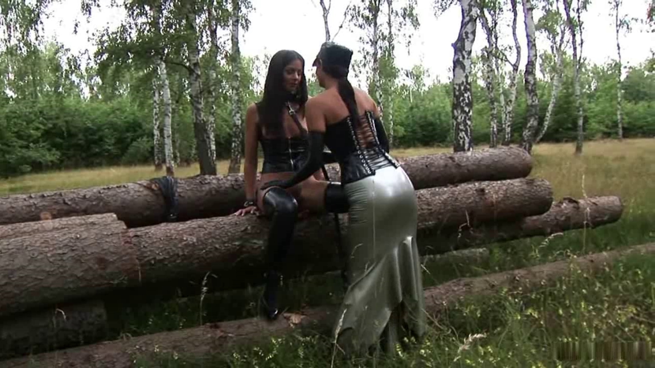 Rubber outdoor Housewife kelly videos