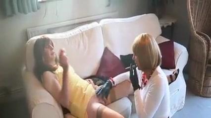 Two Smoking Trannies Turkish amateur milf