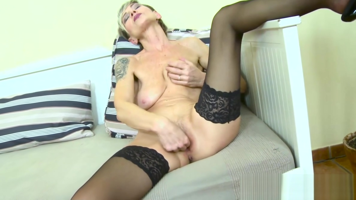 EuropeMaturE Slim Granny Ivana Solo Fingering perfect boobs webcam hairy mature milf carmen kingsley with perfect tits