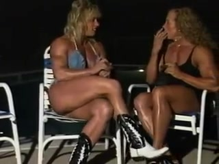 Lora Ottenad & Renee ONeill - Muscle Show paparazzi nudes teen photo