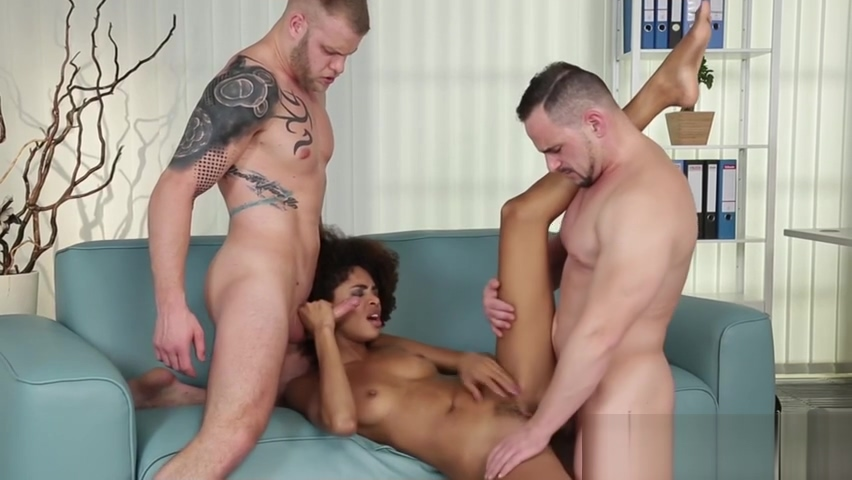 Bisex dudes threeway fuck Best Hookup Websites Free No Money Fees Must Fall