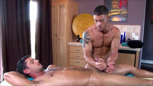 Massage Handjob For Uncut Guy W/perfect Tool Male escort gino