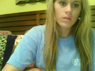 Blonde teen shows her big natural tit on porn webcams Small tits yellow blowjob penis orgy