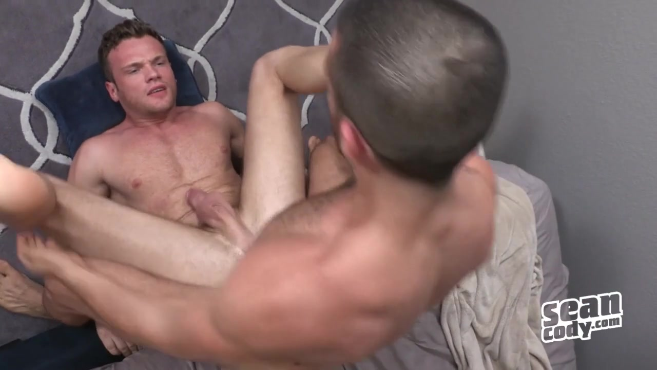 Sean & Manny: Bareback - SeanCody Looking for a lunch buddy in Sikar