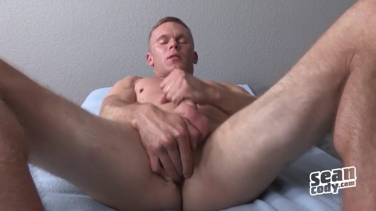 Colton - SeanCody myamme and prancer naked