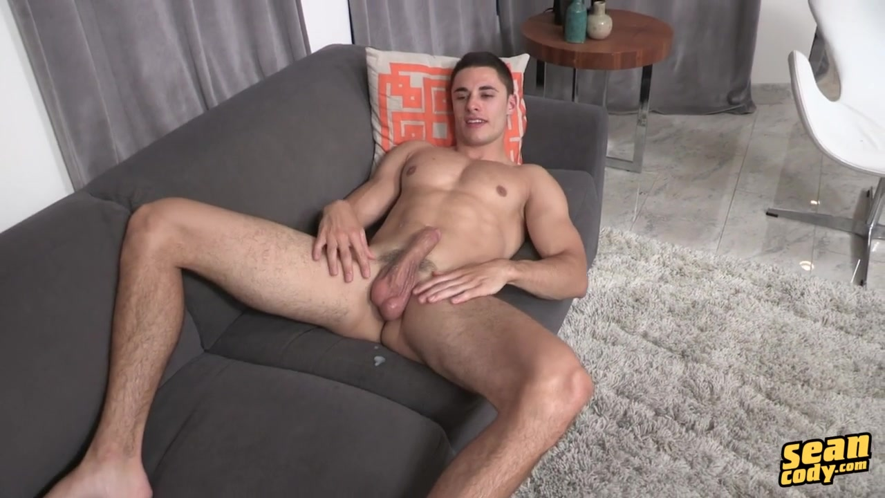 Edin - SeanCody Have orgasm with tampon in
