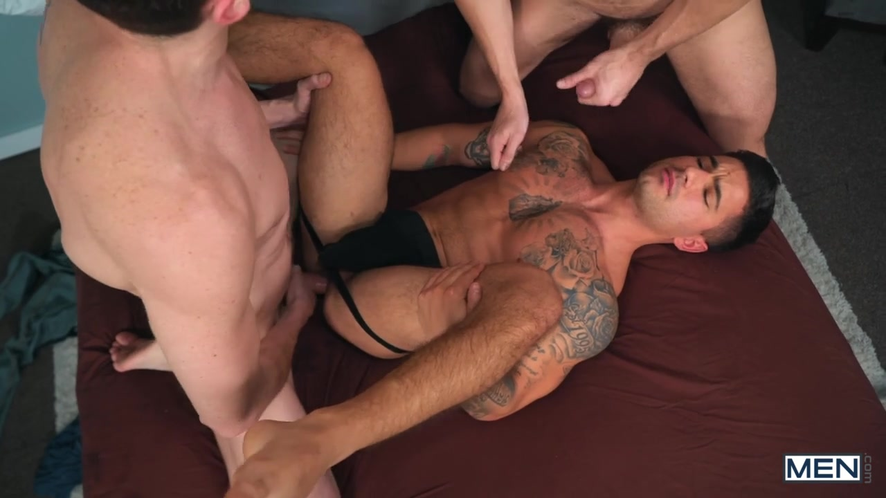 Vadim Black & Jack Hunter & Steven Lee in Wandering Eyes - MenNetwork Blacks gay pics