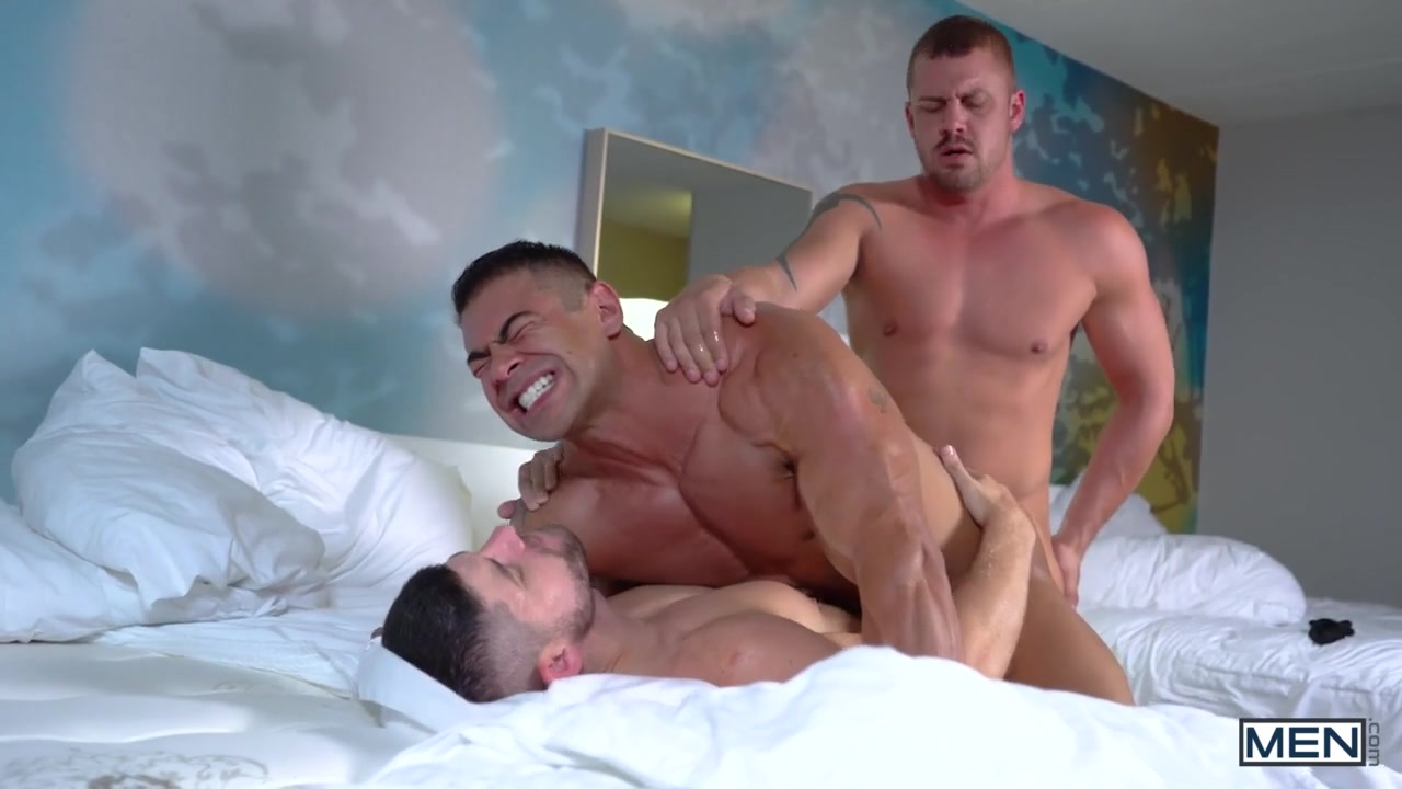 Darin Silvers & Connor Halstead in The Sting Part 3 - MenNetwork Lesbian chat rooms uk