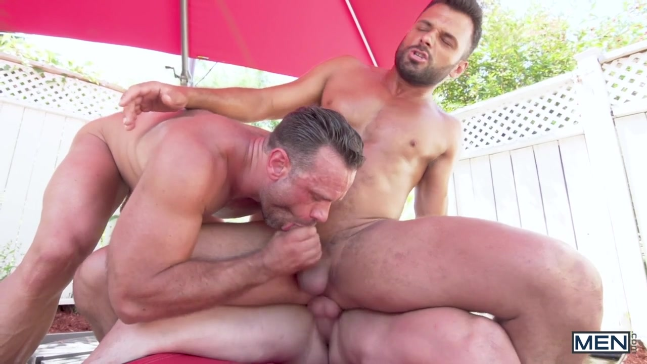 Darcy Oak & Jeremy Spark in Sausage Party - MenNetwork big clit women tumblr