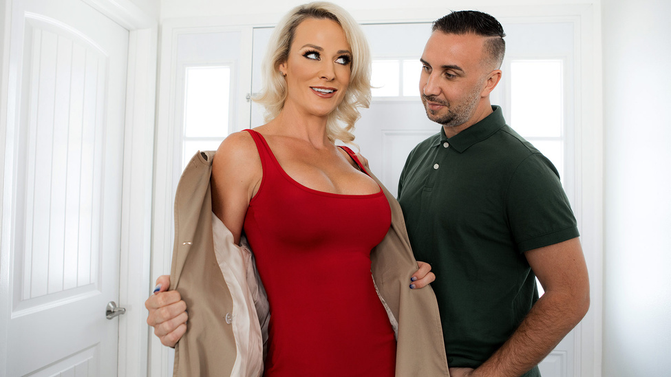 Sydney Hail & Keiran Lee in Wont You Fuck My Husband - BRAZZERS