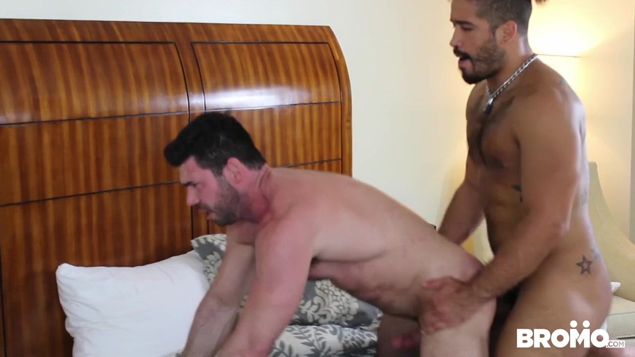 Massage Getaway, Scene 1 - BROMO Sexy braileanca porno