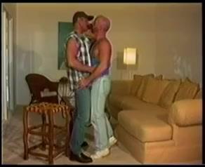 Buster Lesbian cougars masturbating wet pussies