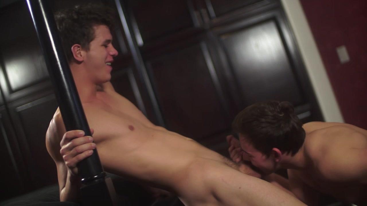 Hung Helix hunk Josh Brady & Alpha top Johnny Hands flip fuck bareback Small tits milf