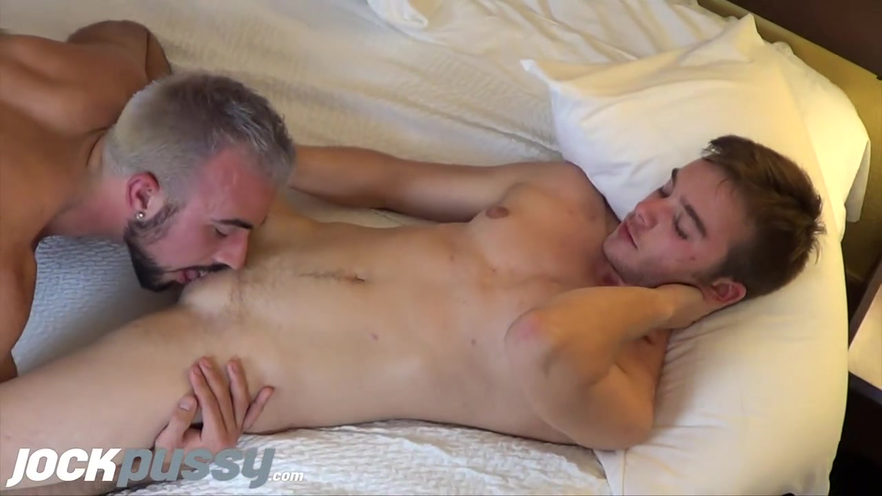 JockPussy - FTM stud Luke Hudson fucked missionary after swapping head 5 month old lab cannot hold hsis pee