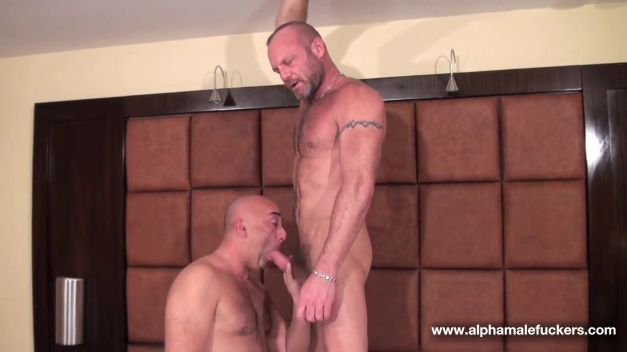 Chad Brock and Brian Davilla - BarebackThatHole Massage babes lick and scissor