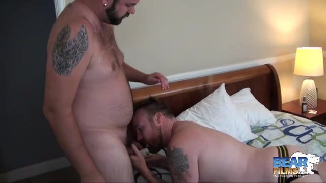 Aiden Storm and Kyle Scott - BearFilms Fuck in the hood