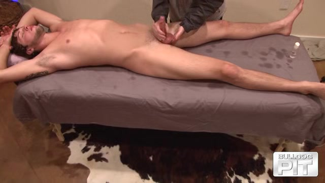 Austin Perry - Massage - BulldogPit Lost cast redhead