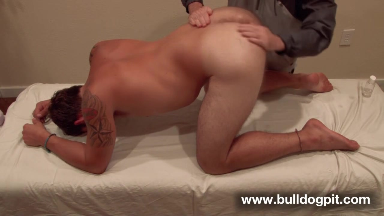 Logan Taylor - Massage - BulldogPit hot sexy girl threads