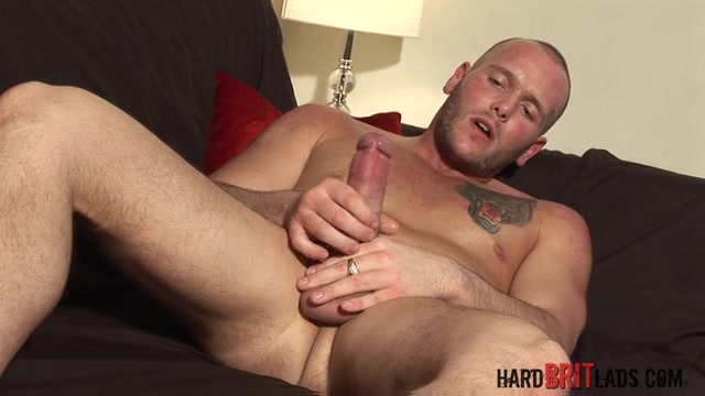 Kane Turner - HardBritLads anal fissure surgery and recovery