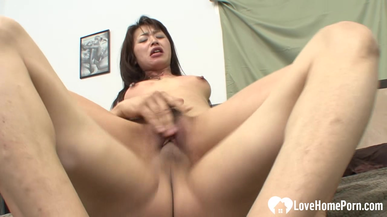 Beautiful Japanese bombshell spreads her legs for him avi love porno anal