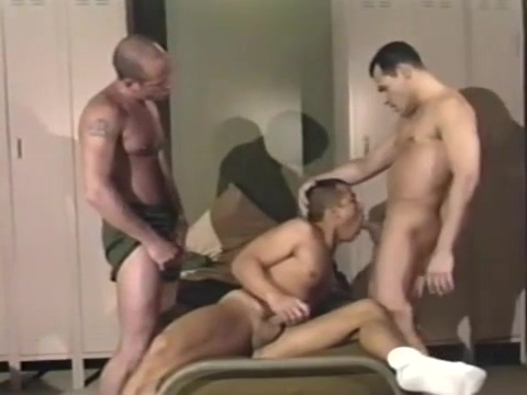 Horny Morning Routine in the Army Husband wife open sex