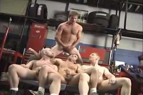 Super orgia de mecanicos en el garage small tit porn star