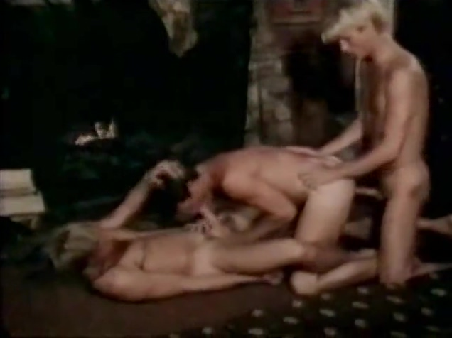 Retro gay threesome at cabin Women for fucking in Senmonorom
