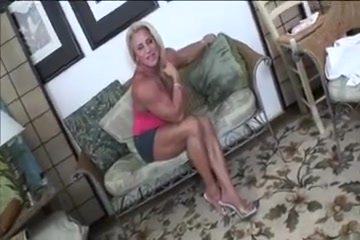 Muscular Milf Loves To Show Of All Her Hard Earned Work Hot sexy fucking hand jobs