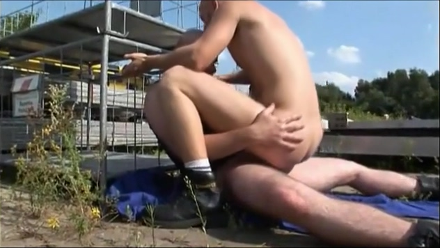 Schwul-Gay (23) Drunk wife blows friend