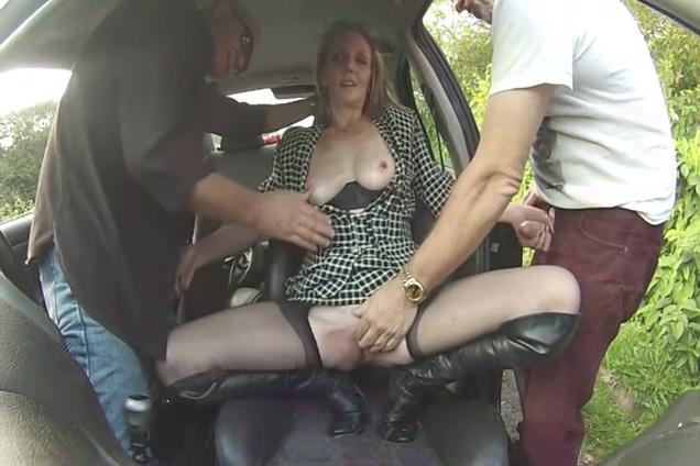 Slut fuck in car Hot horny mature pussy