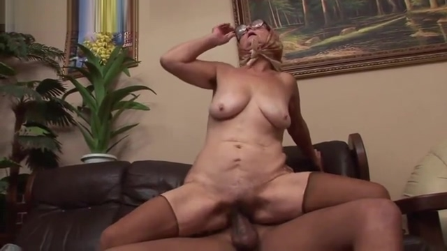 Grannies Fucked By Black Cocks Seikon no Qwaser yuri kiss scenes