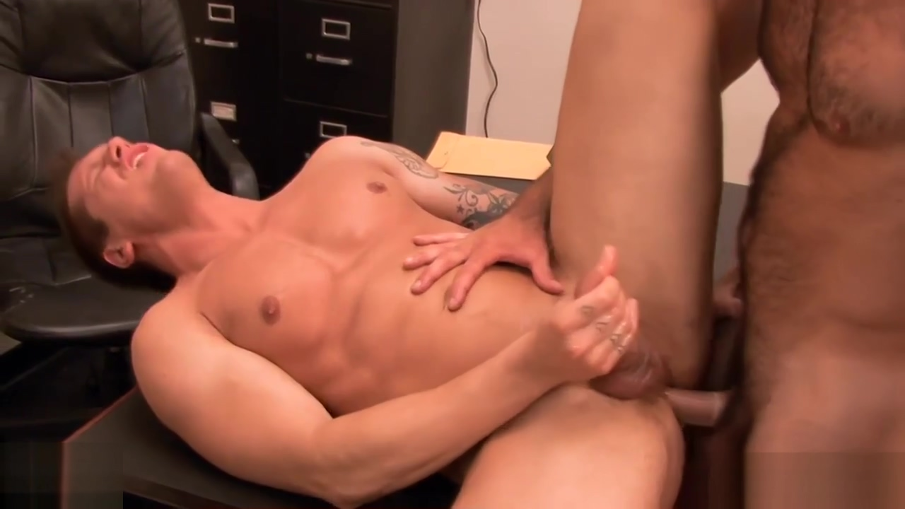 Horny gay gets ass fucked at interview Looking for some nsa in Graz