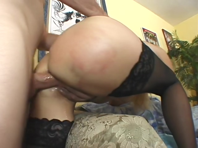 Horny mature having anal sex She loves bukkake