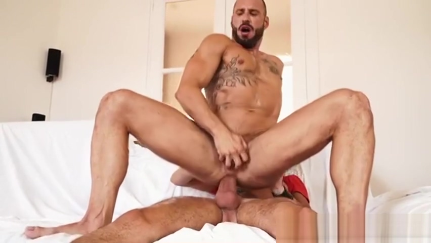 Priceless Face Expression when Nailed by Estebans Huge Cock Monique fuentes ass parade