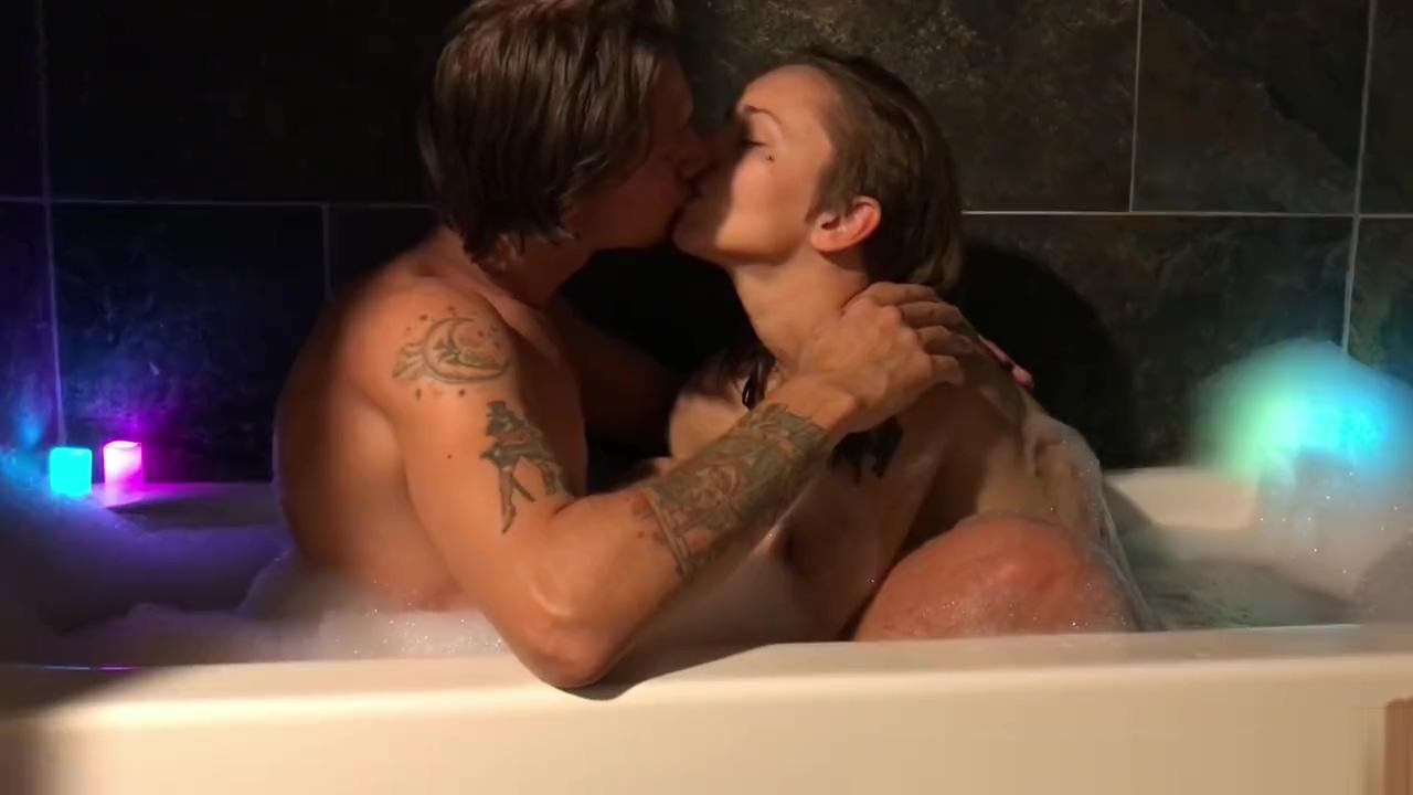Tattooed Amateur Couple Bubble Bath w/ Female Orgasm - IdeallyNaked teensloveanal hot brazilian teen fucked in the ass 1