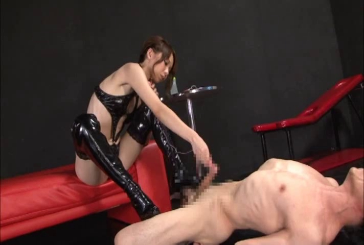 Japanese babe in dominatrix dildo fuck with a serf Acrobat adobe 7.0 professional